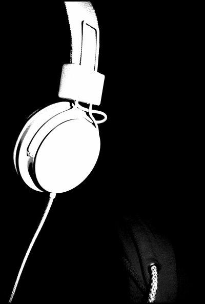 . La voix envoutante de Scott Ramon Seguro Mescudi. ♪