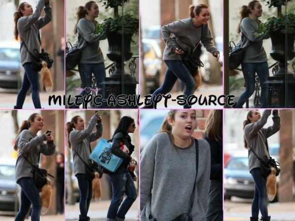 14.01.11 Miley se promène en Nouvelle Orléans
