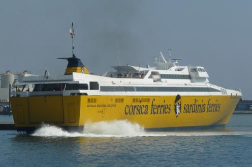 mon-frerot-qui-aime-les-corsica-ferries