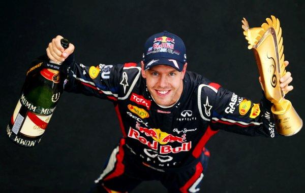 Vettel s'impose pour la troisième fois d'affilé