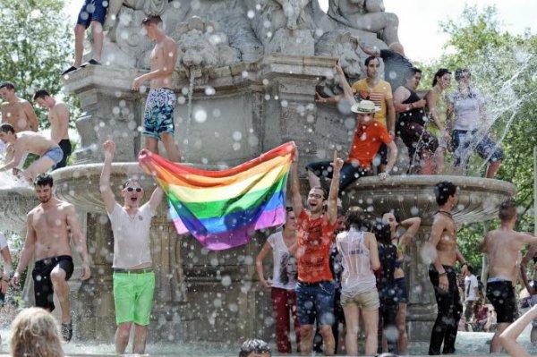 En images. Gay Pride: soleil et chaude ambiance dans les rues de Lyon