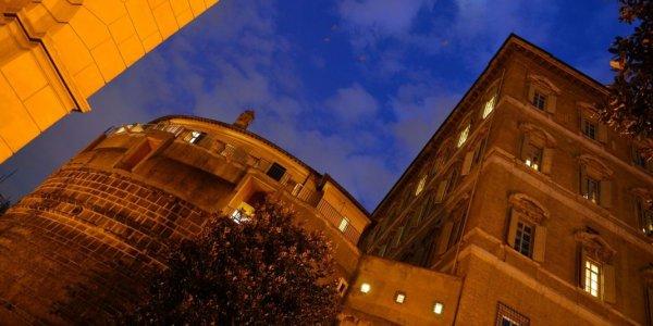 L'homosexualité supposée d'un prélat relance l'affaire de la banque du Vatican