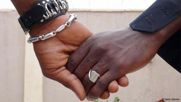 Afrique : Alice #Nkom récompensée pour son #combat en faveur des #homosexuels