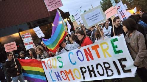 SOS homophobie lance sa campagne «Ne plus se taire»