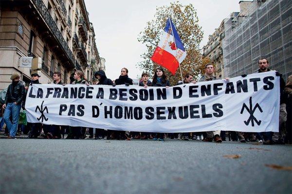 Homophobie : qui ne dit mot consent