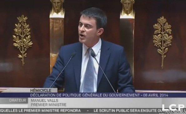 Manuel Valls promet la fermeté contre le racisme et l'homophobie