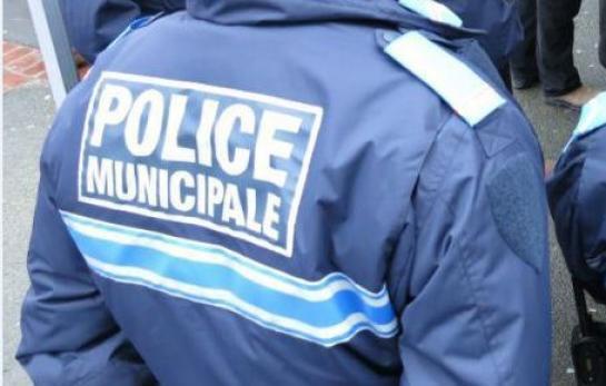 Une policière municipale porte plainte pour homophobie