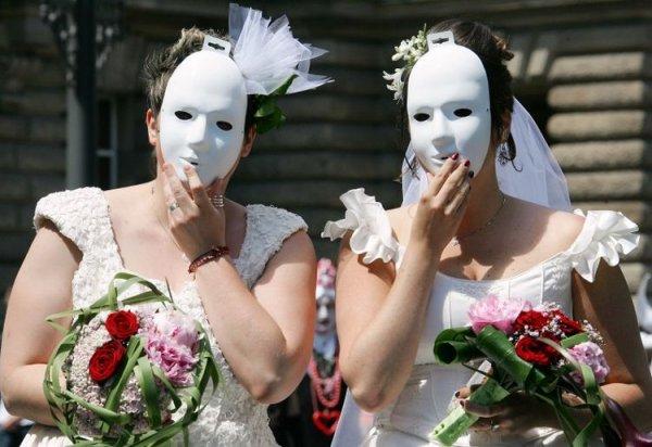 Deux lesbiennes chassées d'un café à Vienne