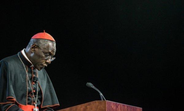 Vatican : Pour le cardinal Sarah, l'homosexualité est comparable au nazisme