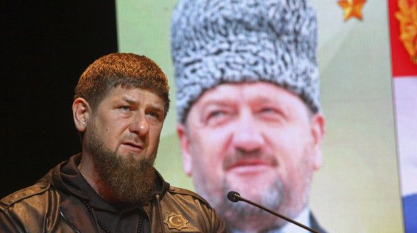 """Homophobie en Tchétchénie : le président Kadyrov compare les gays à """"des démons"""""""