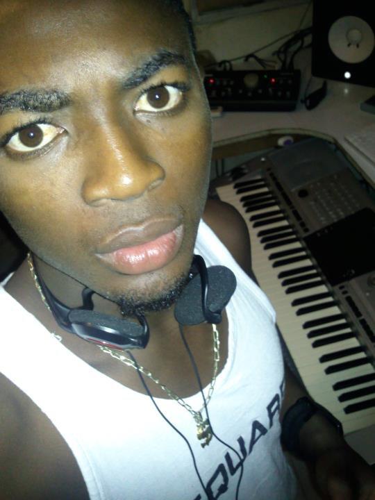 """au studio pour mon 2eme """"single"""" enjaillment a babi"""