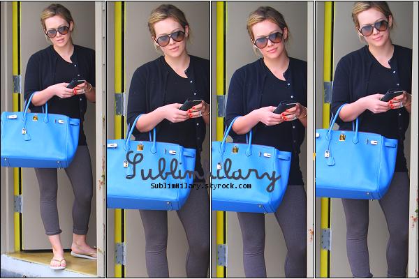 SublimHilary.skyrock.com---------   17 Juin,  - Hilary de sortie dans Los Angeles.