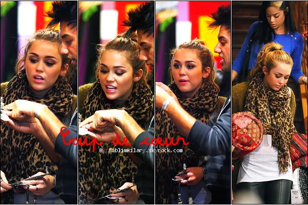 SublimHilary.skyrock.com---------   Candids du 20 Juin 2011  - Miley faisant du shooping.GROS COUP DE COEUR !
