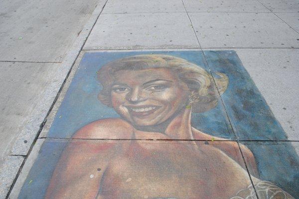 Peinture de rue de Marilyn