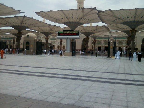 à la Mecque.