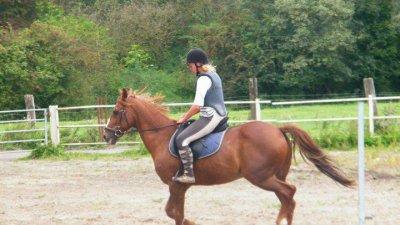 """Monter à cheval transforme le """"je voudrais bien"""" en """"je peux""""."""