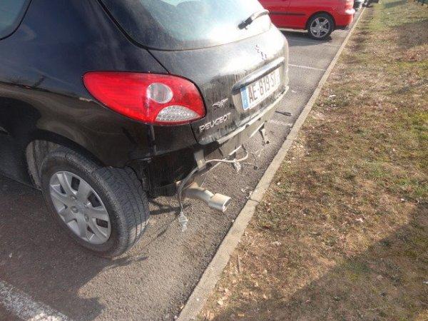 super voila ma voiture apres qu'une personne qui ne savait pas conduire est passé pour faire une manœuvre!!!