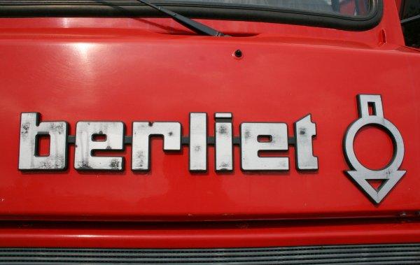 Sdis 45 - Historique: Les FPT sur châssis Berliet 770 KB6 Camiva.
