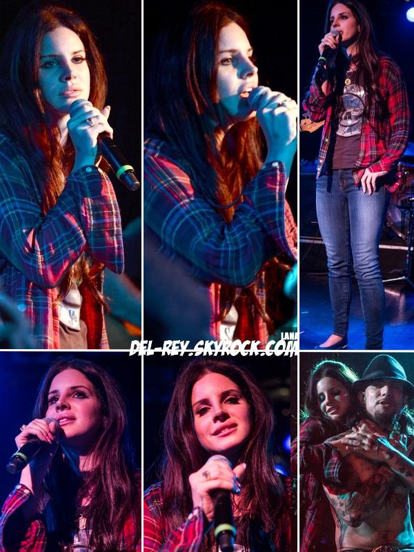 .  22 décembre 2012 - Lana a donné un p'tit concert au camp freddy  .