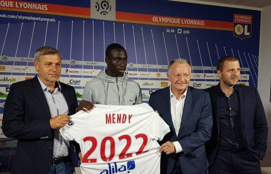 Ferland Mendy troisième recrue de l'Olympique Lyonnais.