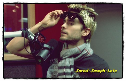 . ● BIENVENUE SUR ●  Jared - Joseph - Leto. Sky'  .