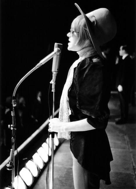 Marianne Faithfull, le retour