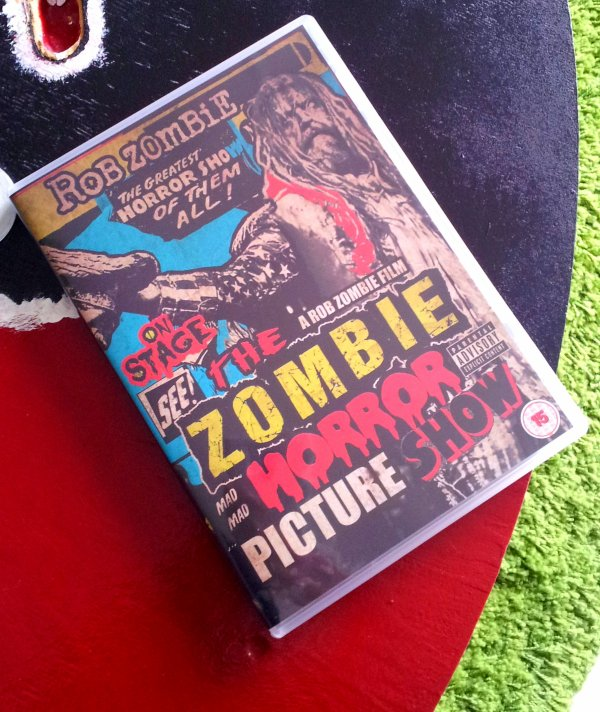 DVD : The Zombie Mad Mad Horror Picture Show