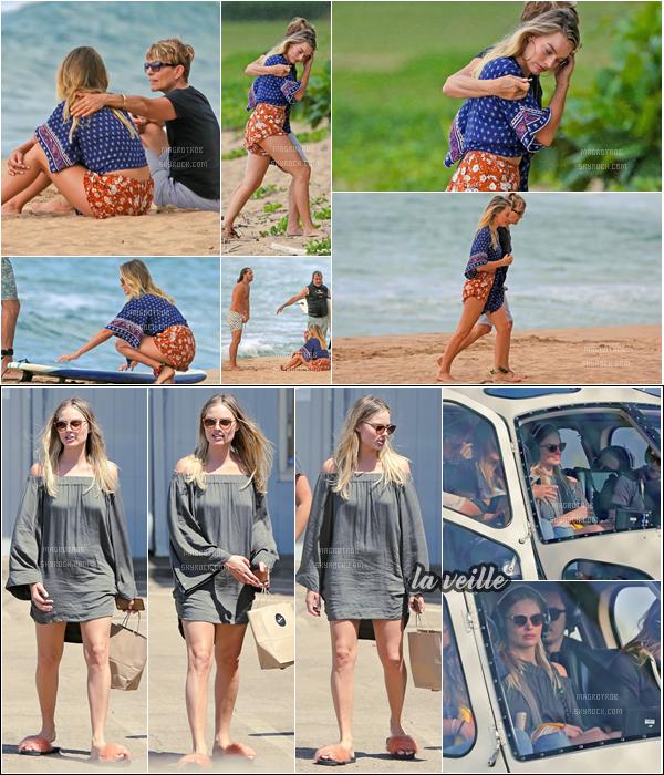 - 13/05/17 : Margot, sa mère et son mari se détendaient sur une plage, Hawaii (US). La veille, elle était avec ses amis pour aller faire un tour en hélicoptère. La première tenue est vrmt top. -