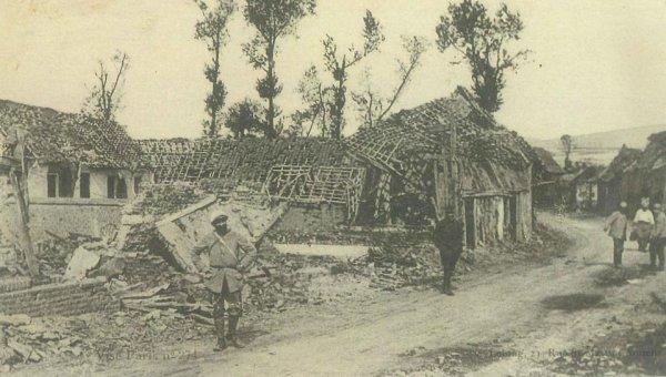 BRIQUET VILLAGE CURLU SOMME 1916