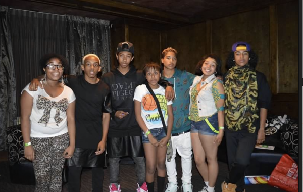MB And Their Fans !!