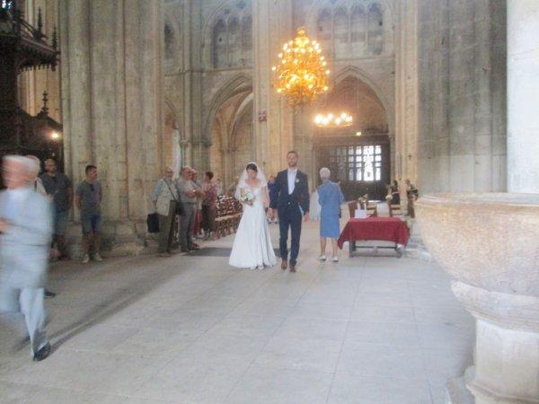 ARTICLE 1054 - MARIAGE CATHEDRALE SAINT ETIENNE DE BOURGES