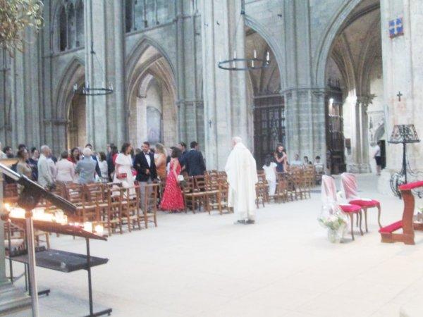 ARTICLE 1055 - MARIAGE CATHEDRALE SAINT ETIENNE DE BOURGES