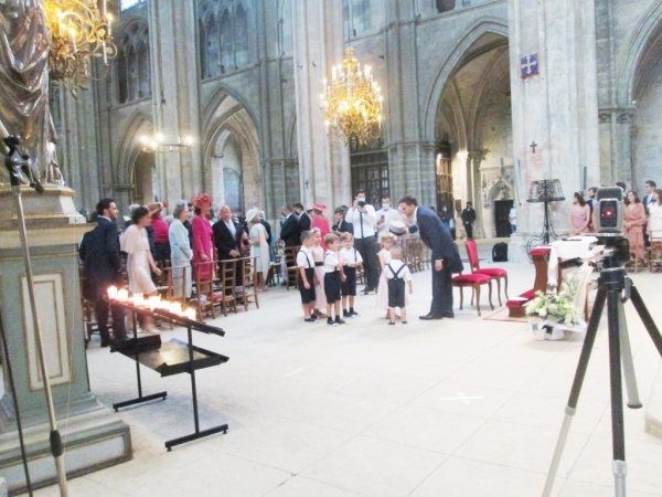 ARTICLE 1085 - MARIAGE CATHEDRALE