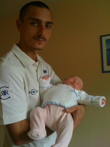 mon frère mickael et sa fille Manon !!!!!!!!!!!!!!!!!!!!!!!!!!!