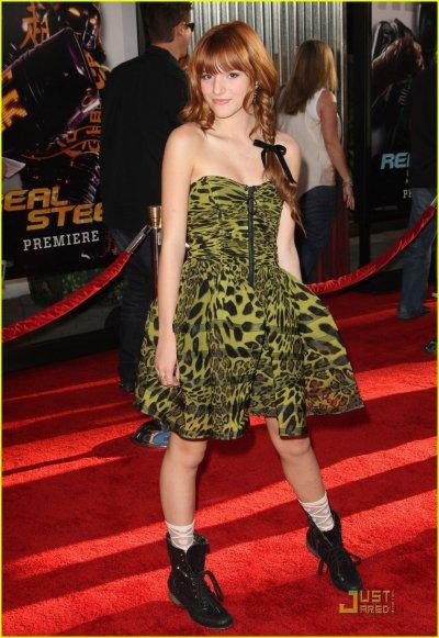 """Bella Thorne et Zendaya étaient ce dimanche 2 octobre à la première du film """" Real Steel"""""""