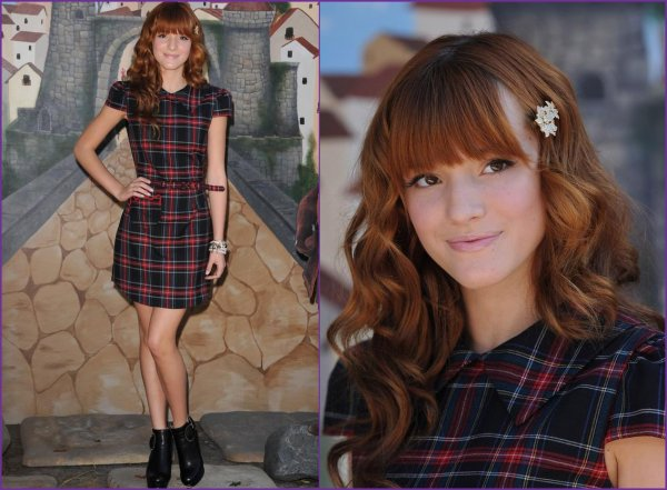 "23/10/11: Bella Thorne à la première de "" in Boots"". Photos du red carpet + photo twitter. Ton avis?"