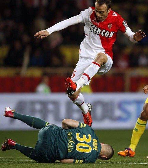 AS Monaco : Berbatov OK pour rester