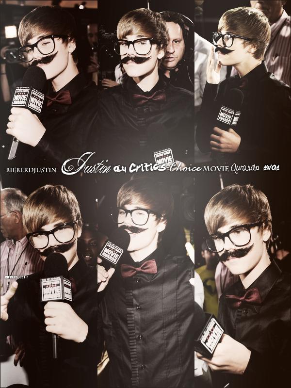 Justin a été vu avec sa moustache en train d'interviewer des célébrités lors des Critics Choice Movie Awards le 14 janvier.