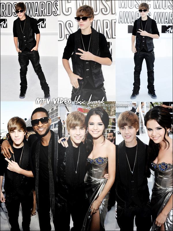 C'est un Justin magnifique (TOP) qui était présent aux MTV Vidéo Music Awards le 12 septembre.  TOP ou FLOP ?