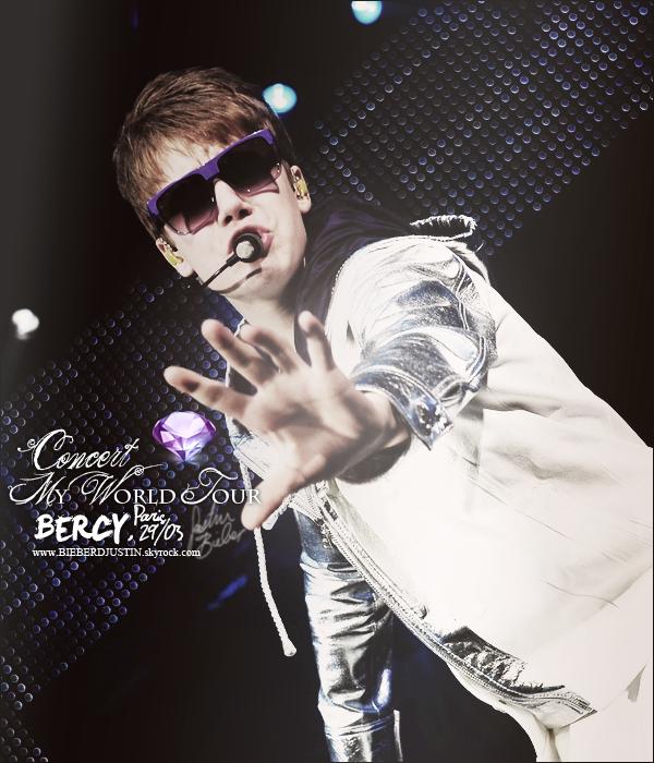 Justin in PARIS, découvrez les candids datant du 28 et du 29 mars. Tu as été voir Justin ? Le concert t'a plus ? Dit moi tout.