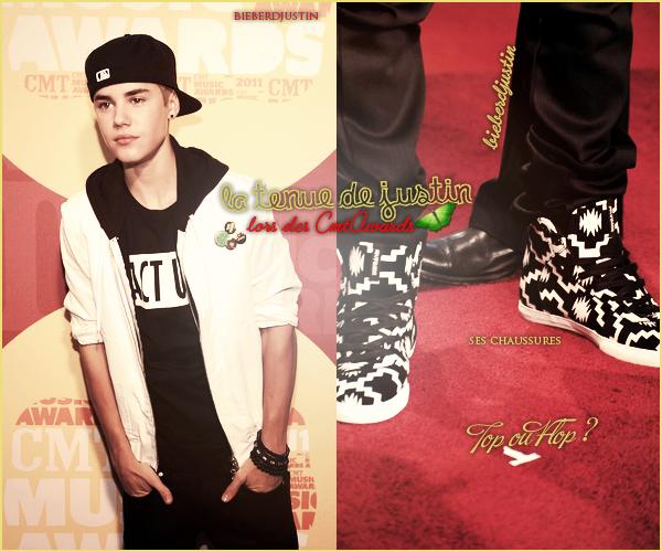 NEW - Justin était présent hier (8 juin) aux CMT Awards à Nashville,  TOP ou FLOP sa tenue ? Pour moi c'est un FLOP
