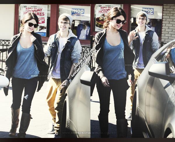 """Justin photographié à l'extérieur des studios de """"The View"""", hier, 23 novembre. TOP ou FLOP ?"""