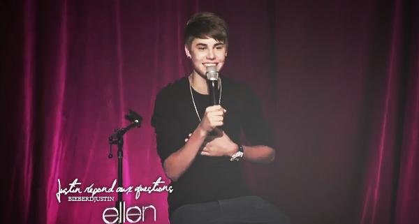 Justin se promenant dans Los Angeles en compagnie de son père et un ami, le mercredi 4 janvier dernier.
