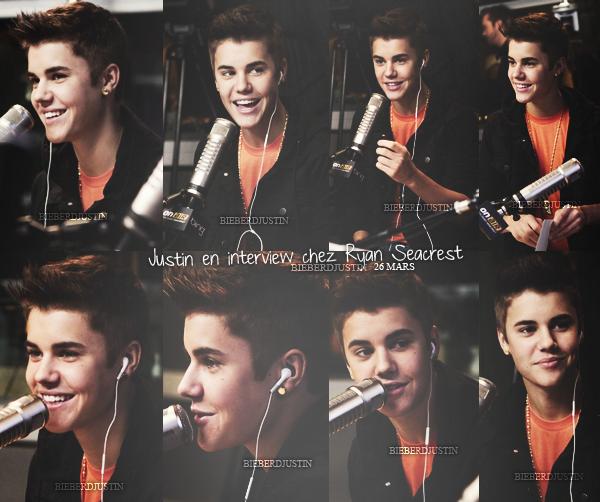 """Justin faisant la promotion de son nouveau single, """"Boyfriend"""" dans différentes radios."""