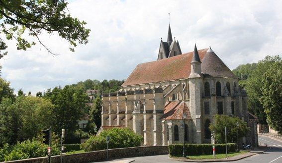 Chapelle fortifiée pas loin de Meaux...
