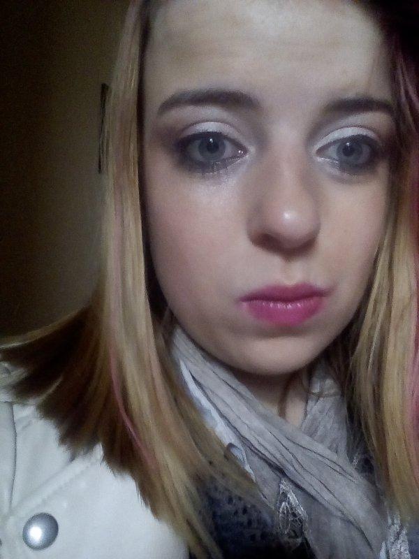 On m'a tjr dit que j avais des beau yeux <3
