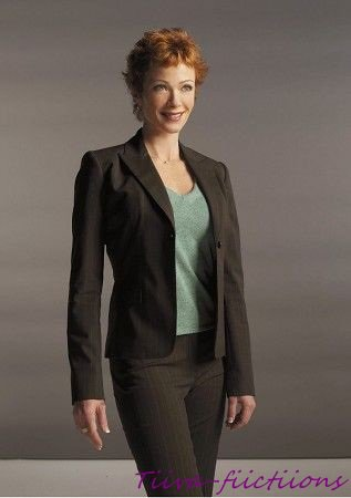 Lauren Holly-Jennifer (Jenny) Shepard