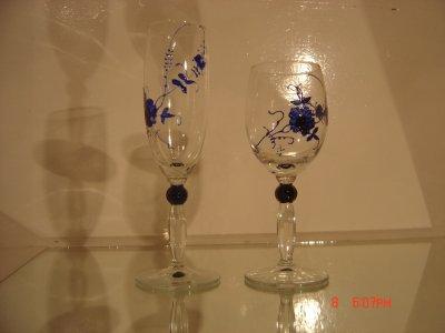 Verre vin et verre champagne fleur stylis e bleue for Faux vitrail sur miroir