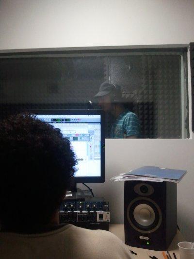 Au studio