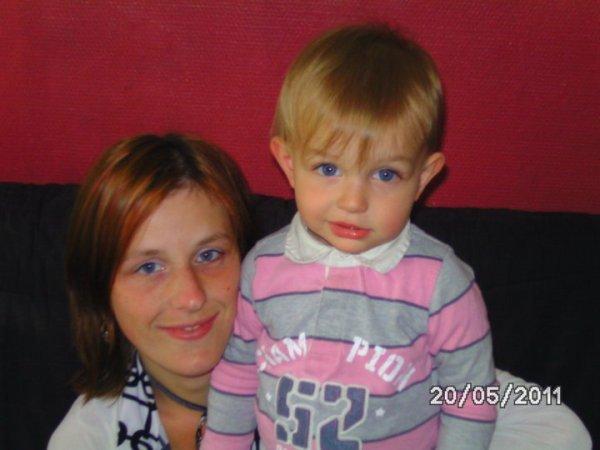 ma soeur et mon neveu jason!!!